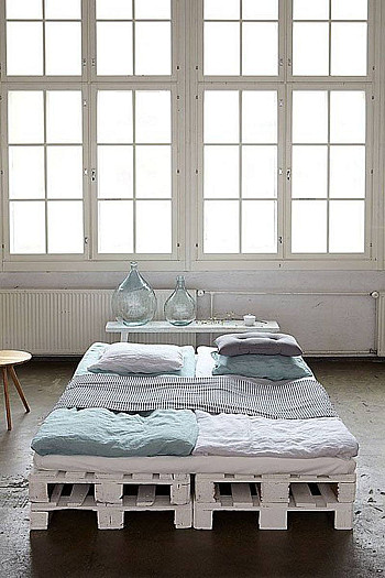 bed van pallets