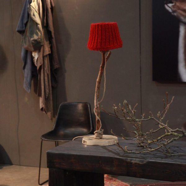Holzern Tischleuchten rot